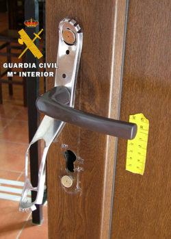 La Guardia Civil detiene al autor de un robo con fuerza en un bar de Las Merindades