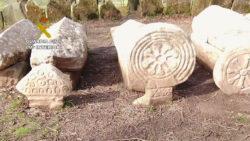 """La Guardia Civil recupera seis estelas funerarias de gran valor pertenecientes al Patrimonio Arqueológico Nacional, una de ellas perteneciente al yacimiento arqueológico de """"El Pedregal"""" en Villalba de Losa"""