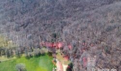 El Grupo de Rescate de Protección Civil ha auxiliado a un senderista que sufrió una caída en una zona de monte de Santelices