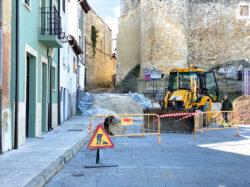 El Ayuntamiento de Medina de Pomar suprime barreras de accesibilidad en el Casco Histórico