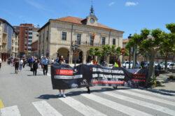 Multitudinaria manifestación por las calles de Villarcayo para protestar por el lamentable estado de la sanidad en Las Merindades